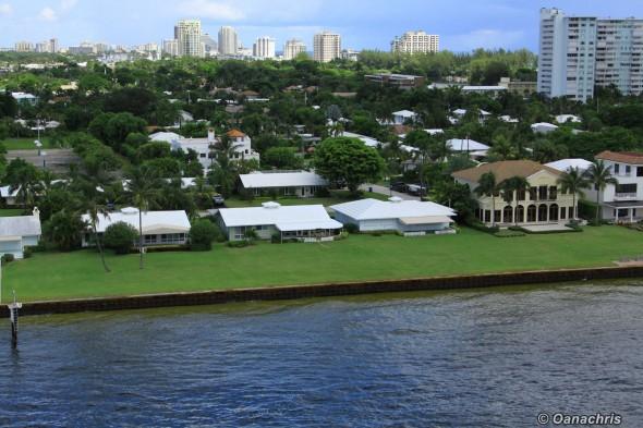 Residential area - Port Everlades - inside basin (3)