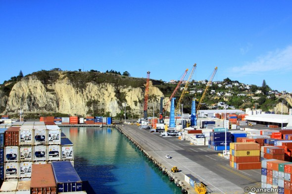 Approaching the berth in the port of Napier (2)