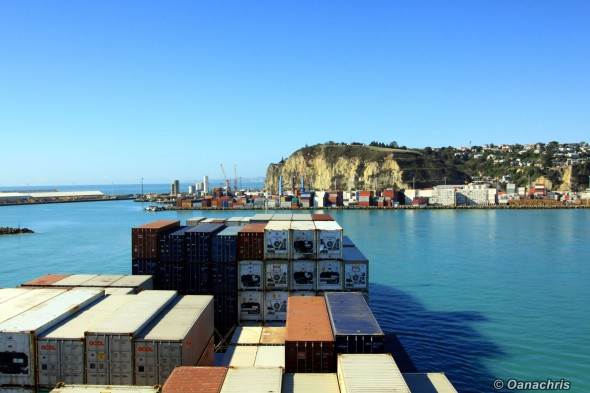 Approaching the port of Napier (2)