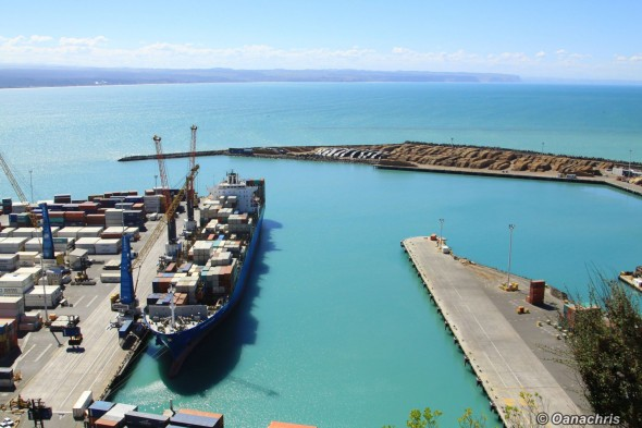 View over the port of Napier from Bluff Hill
