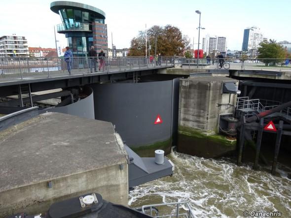 Bremerhaven Lock in the Pleasure Harbour