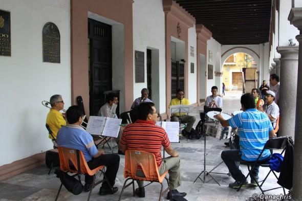 Veracruz Cathedral Square live music