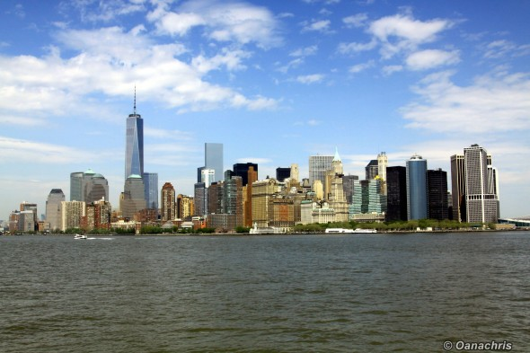 Manhattan - view from the ferry approaching Baterry Park